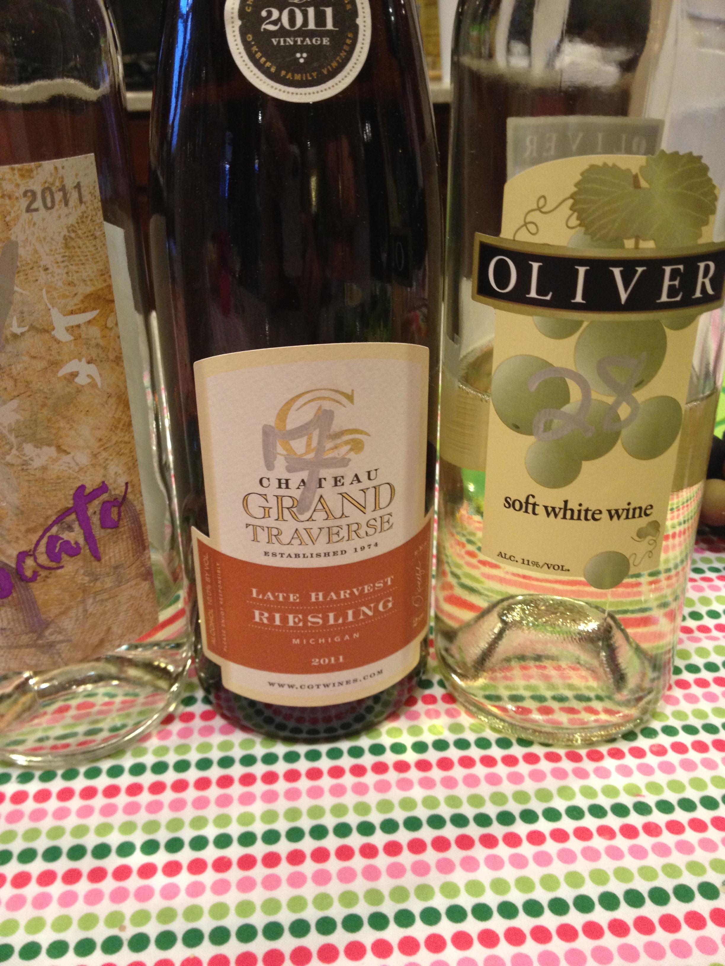 Adventures In Decorating Delta Zeta Pink And Green Wine